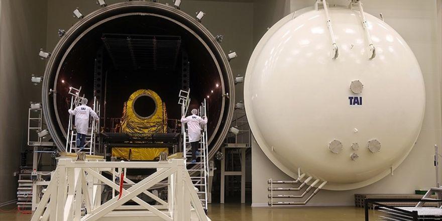 Türkiye'nin İlk Uydu Merkezi Kapılarını Aa'ya Açtı