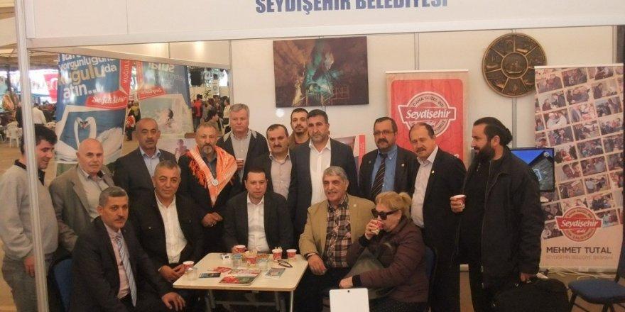 Seydişehir Belediyesi İzmir'de stant açtı