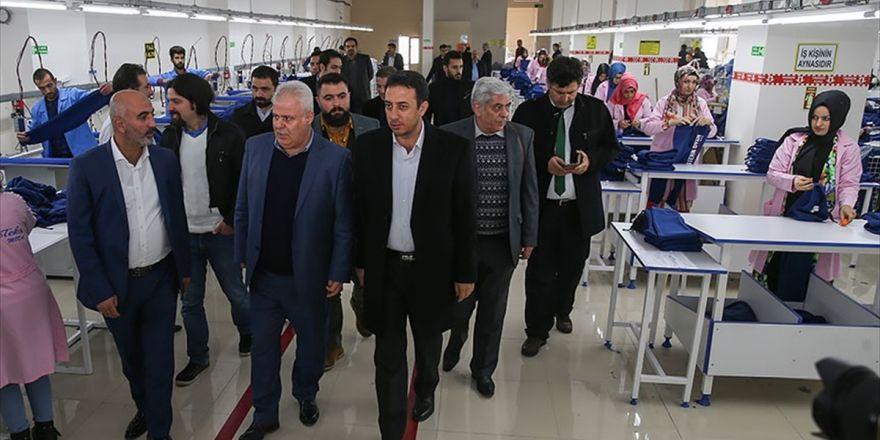 İranlı Yatırımcılar Van'daki Tekstilkenti Gezdi