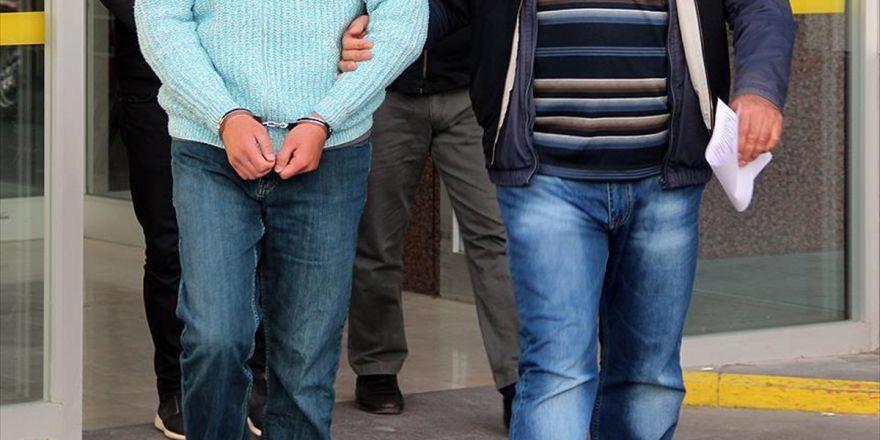 Fetö'den 79 Eski Öğretmen Hakkında Gözaltı Kararı