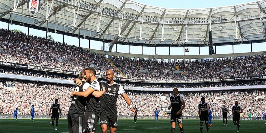 Beşiktaş Derbide İlk Peşinde