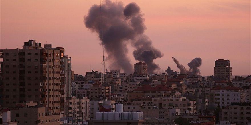 Gazze'ye Hava Saldırısı: 2 Filistinli Şehit