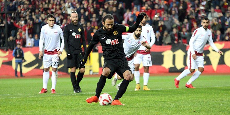 Gol perdesini Konyalı Erkan araladı