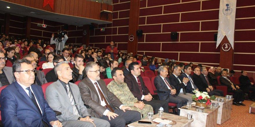 Akşehir'de Mevlana anlatıldı