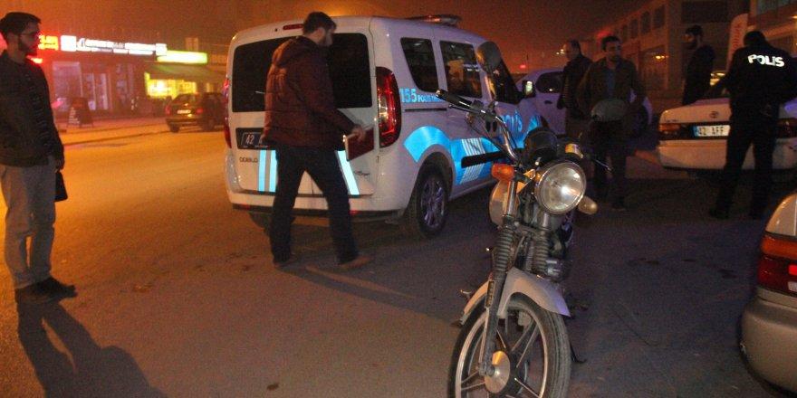 Çaldığı motosiklete kapkaç yaparken yakalandı