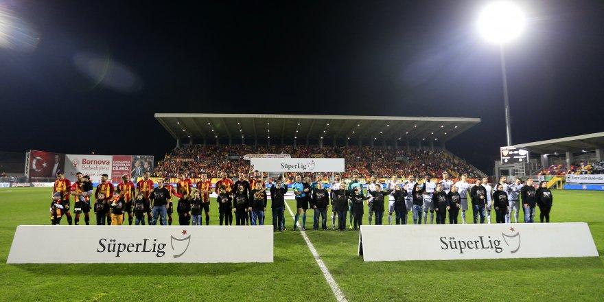 Göztepe-Atiker Konyaspor: 1-0 (İlk yarı)