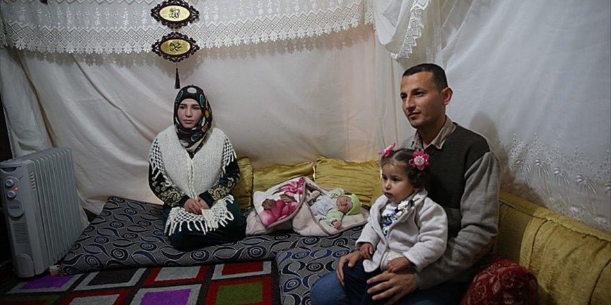 Suriyeli Sığınmacılar Vatanlarının Teröristlerden Temizlenmesini İstiyor