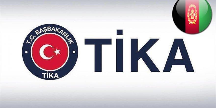 Tika, Kabil'de Spor Salonu Kurdu