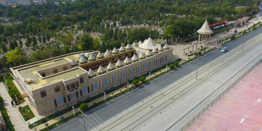 4.2 milyon kişi Şehitler Abidesi'nde