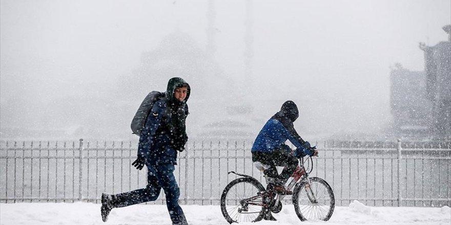 İstanbul Yarıyıl Tatilinin İlk Haftası Kar Bekliyor