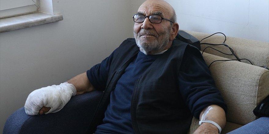 Mudurnu'da Evi Yanan Ali Dedenin Tedavisi Sürüyor
