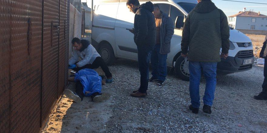 Konya'da Bir Genç Sokakta Ölü Bulundu