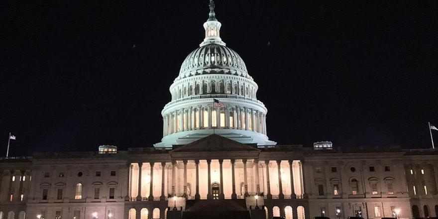 Abd Hükümeti Trump'ın Başkanlığının İlk Yıl Dönümünde Kapandı