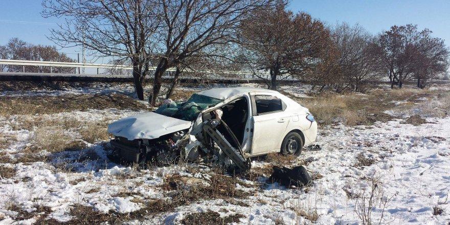 Karaman-Konya Yolunda trafik kazası: 2 yaralı