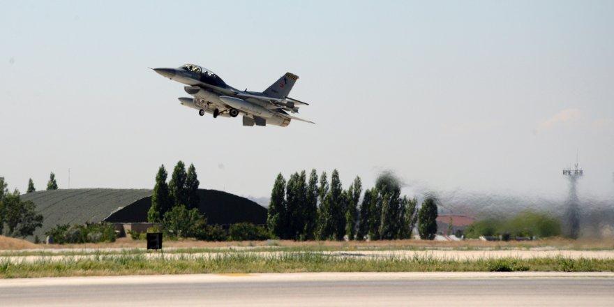 Afrin'deki bombardımana Konya'dan 12 savaş uçağı katıldı