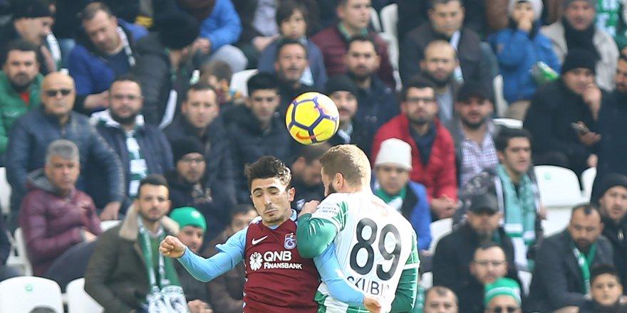 Atiker Konyaspor: 0 - Trabzonspor: 0 (İlk yarı)