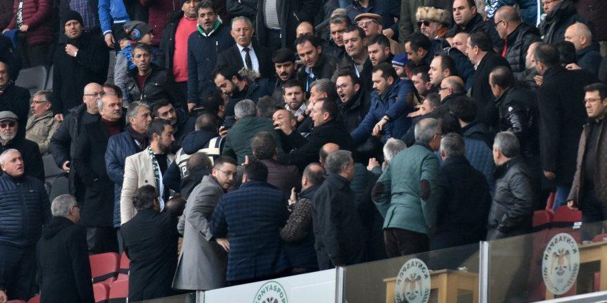 Konyaspor-Trabzonspor maçının VİP tribününde kavga