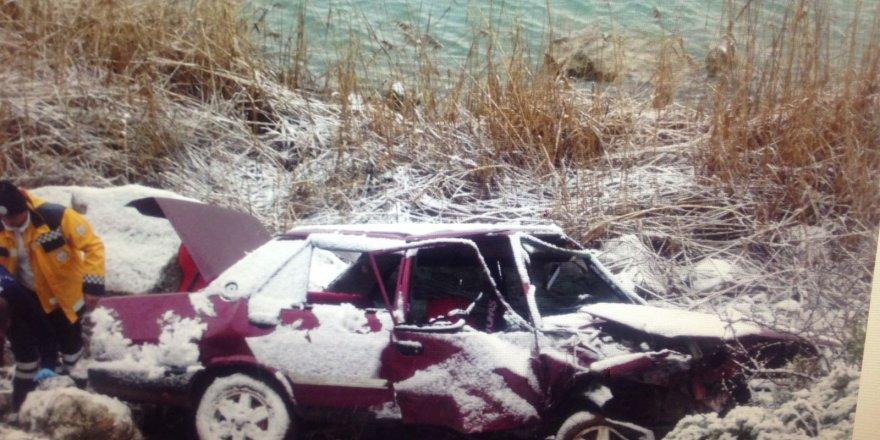 Konya'da Otomobil Uçuruma Devrildi: 1 Ölü, 1 Yaralı