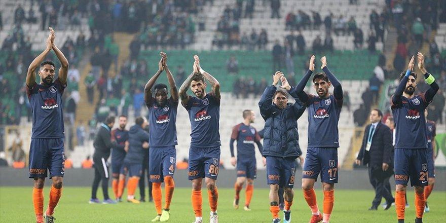 Medipol Başakşehir'den 'Şampiyonlara' Büyük Üstünlük