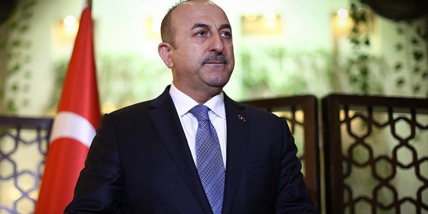 Dışişleri Bakanı Çavuşoğlu: Azez'de 3 Bin Kişi Kapasiteli 500 Çadır Kuruyoruz