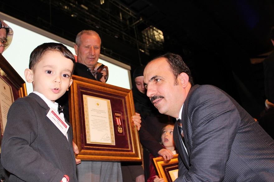 Şehit Ailelerine ve Gazilere  Devlet Övünç Madalyası Verildi