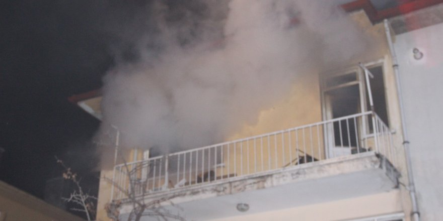 Meram'da yangın paniğe sebep oldu