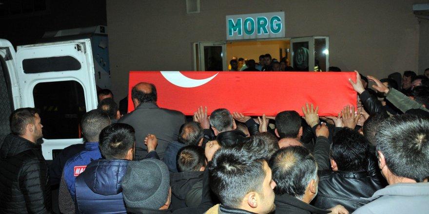 Şehit Polisin Cenazesi Memleketine Getirildi