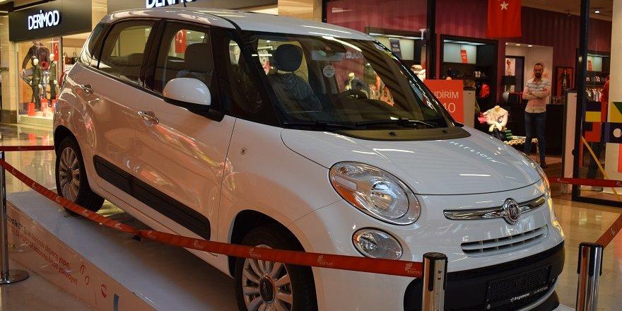 KENT PLAZA'DAN FIAT 500L HEDİYESİ