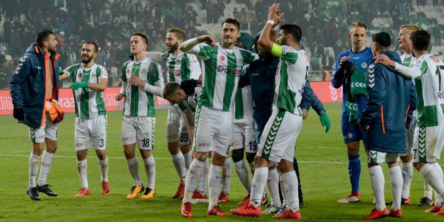Konyaspor'da kadro bilmecesi