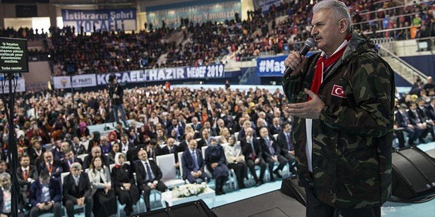 Başbakan Yıldırım: Ülkenin İstiklali İçin 81 Milyon Ayaktayız