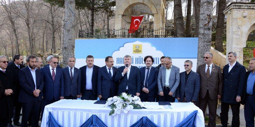 Hadimi Külliyatı Türkçe'ye Kazandırılıyor