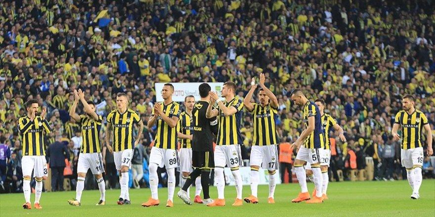 Fenerbahçe, Kadıköy'de Eski Günlerini Özlüyor