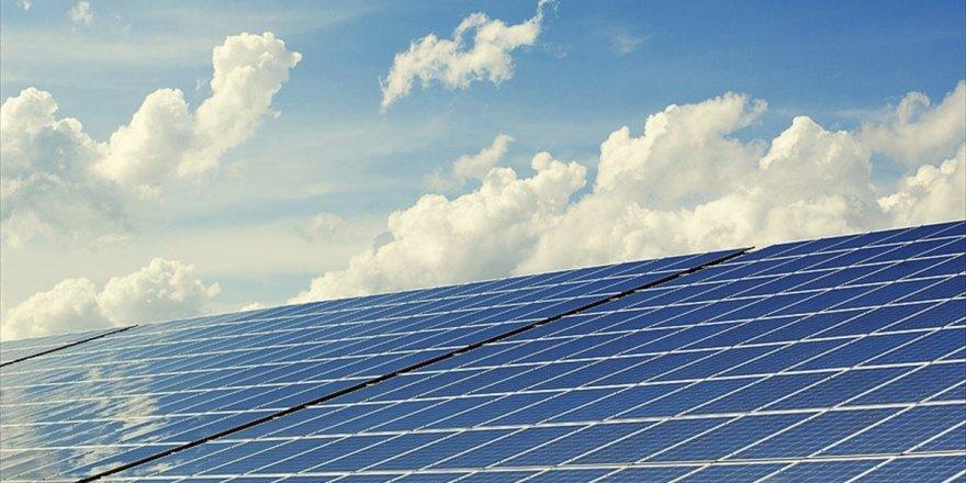 'Milli Enerji Kaynağı 300 Bin Kişiye İstihdam Sağlayacak'