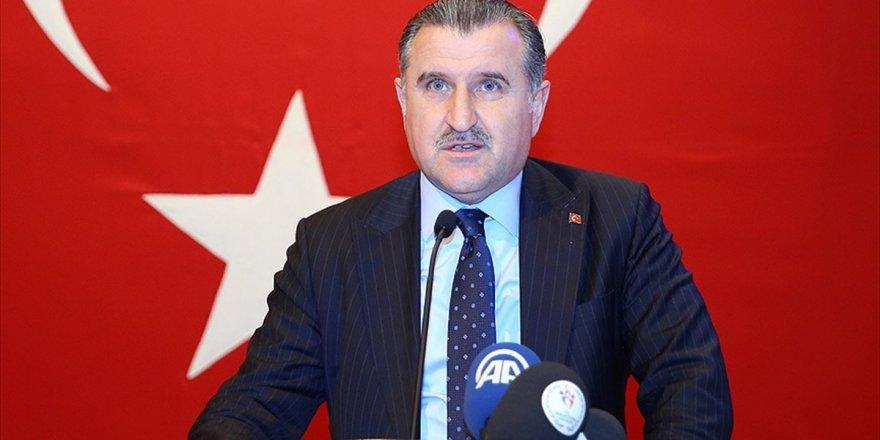 Bakan Bak'tan Eczacıbaşı Vitra Ve Ziraat Bankası'na Tebrik
