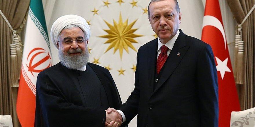 Erdoğan İle Ruhani Suriye'yi Görüştü
