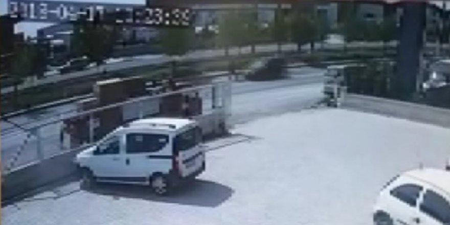 Konya'da kaza anı güvenlik kamerasında
