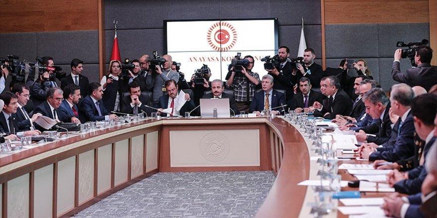 Anayasa Komisyonu Ortak Seçim Önergesi İçin Toplanıyor