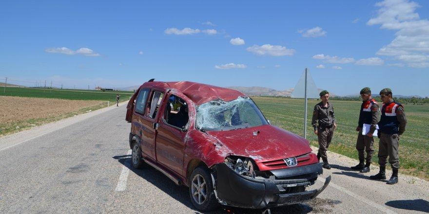 Ilgın'da Trafik Kazası: 3 Yaralı