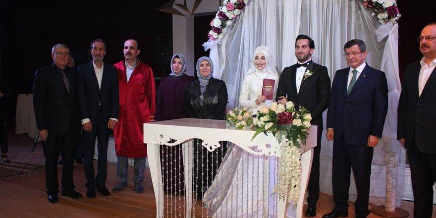 Kerim Özkul'un kızı evlendi