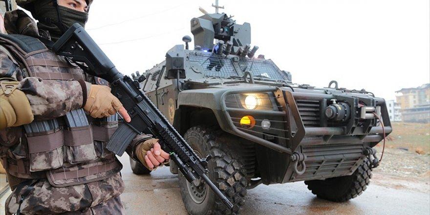 Mardin'de İki Terörist Etkisiz Hale Getirildi