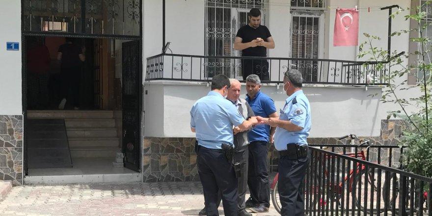 5 gündür haber alınamayan emekli öğretmen ölü bulundu