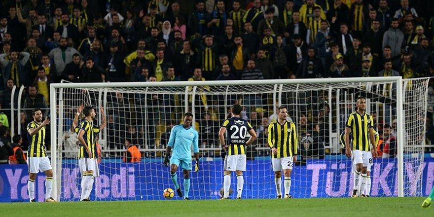 Fenerbahçe Şampiyonluğu İç Sahada Kaybetti