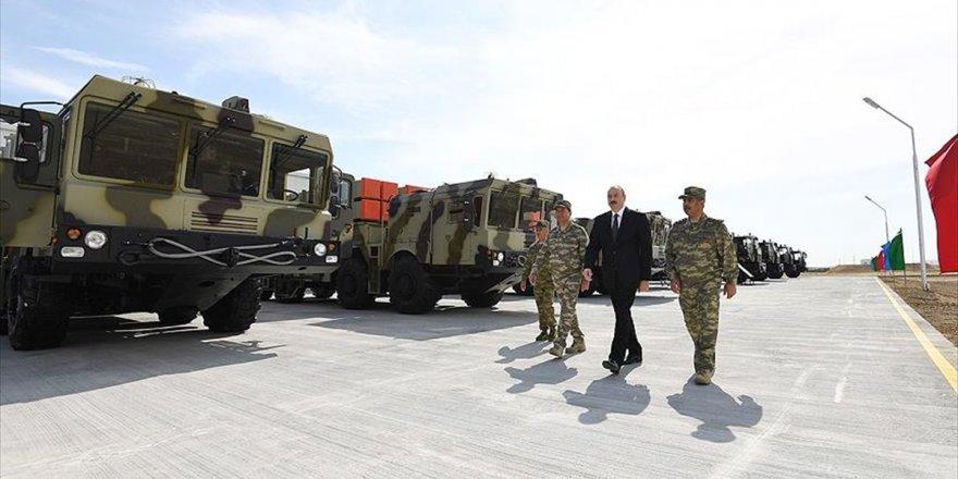 Azerbaycan'da Uzun Menzilli Füzeler İçin Yeni Kışla