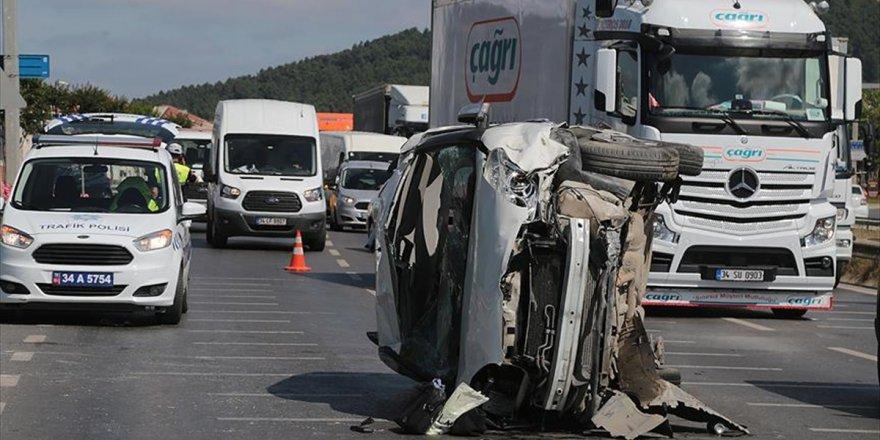 Bayram Tatilinin İlk Gününde Trafik Kazaları Can Aldı