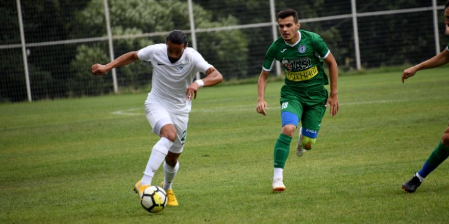 Konyaspor, Politehnica'yı 2-0 mağlup etti