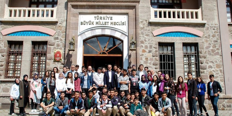 Meram'da gençlere 15 Temmuz ruhu aşılanıyor