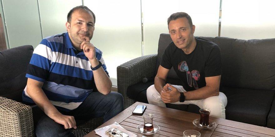 Mustafa Sandal hakkında merak edilenleri açıkladı