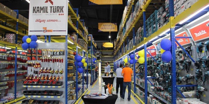 Konya'nın en büyük endüstriyel yapı marketi açıldı
