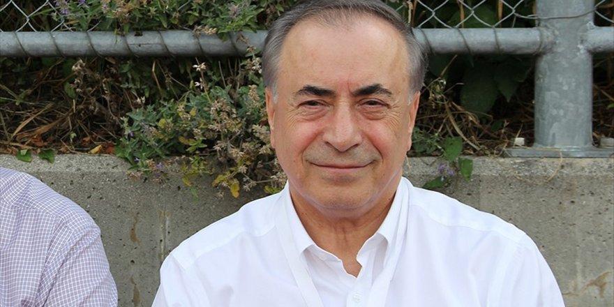 Galatasaray Kulübü Başkanı Cengiz: Bütün Futbolcularımıza Teklifler Var