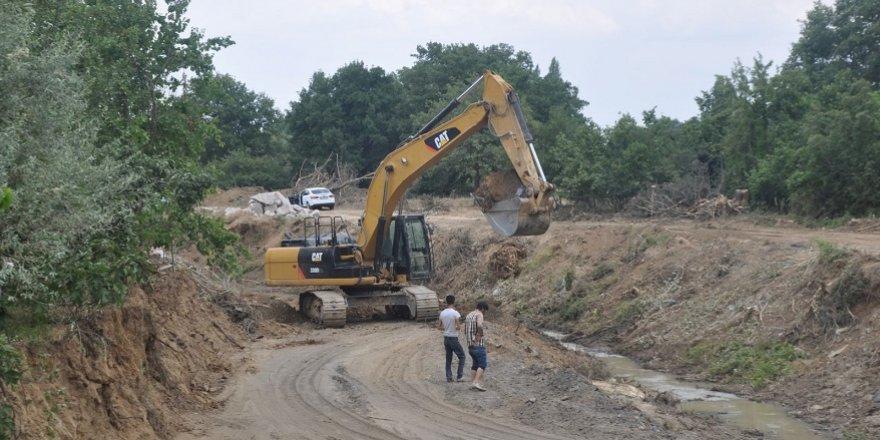 Seydişehir'de Akçay Deresi kenarları cazibe alanı olacak